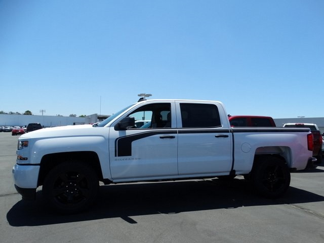 2018 Silverado 1500 Crew Cab 4x2,  Pickup #181780 - photo 3