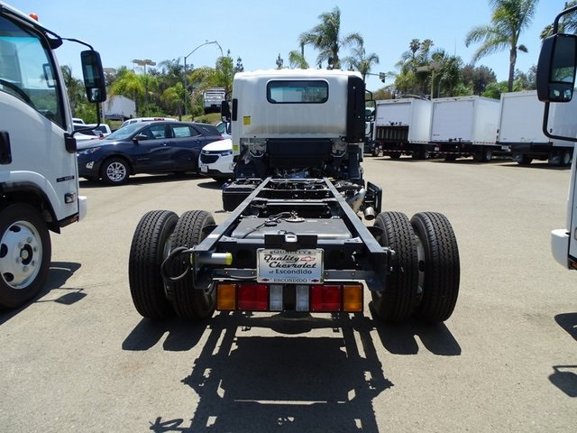 2018 LCF 4500HD Regular Cab 4x2,  Cab Chassis #181783 - photo 3