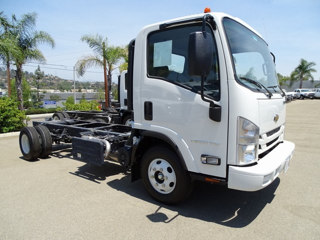 2018 LCF 4500HD Regular Cab 4x2,  Cab Chassis #181783 - photo 5