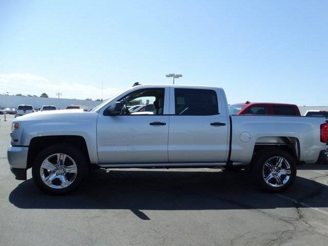 2018 Silverado 1500 Crew Cab 4x2,  Pickup #181812 - photo 3