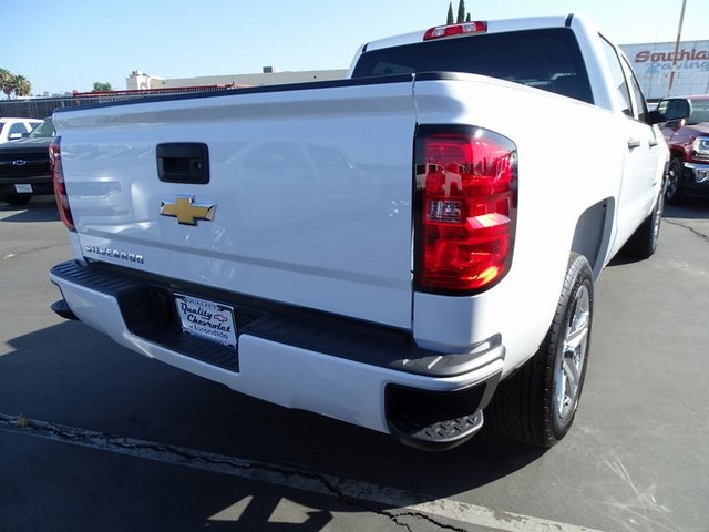 2018 Silverado 1500 Crew Cab 4x2,  Pickup #181933 - photo 4