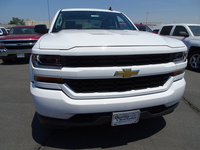 2018 Silverado 1500 Crew Cab 4x2,  Pickup #182000 - photo 6