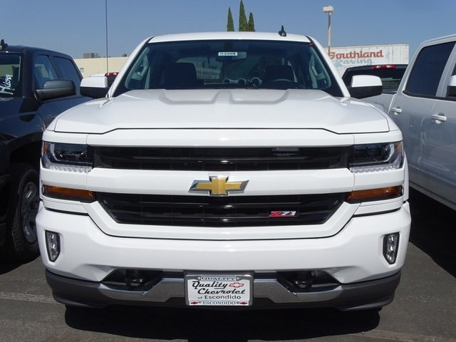 2018 Silverado 1500 Crew Cab 4x4,  Pickup #182209 - photo 3