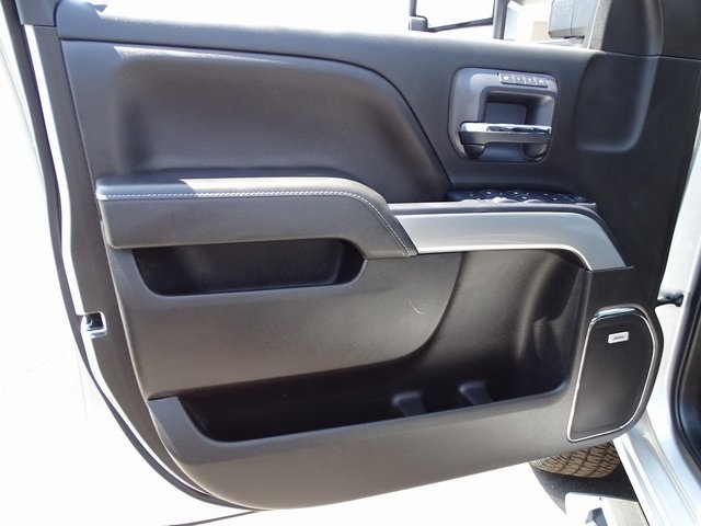 2019 Silverado 3500 Crew Cab 4x4,  Pickup #190028 - photo 23