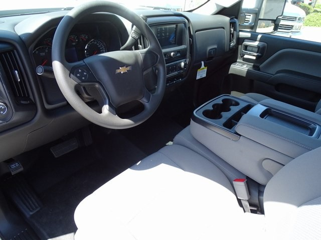 2019 Silverado 2500 Crew Cab 4x2,  Pickup #190156 - photo 15