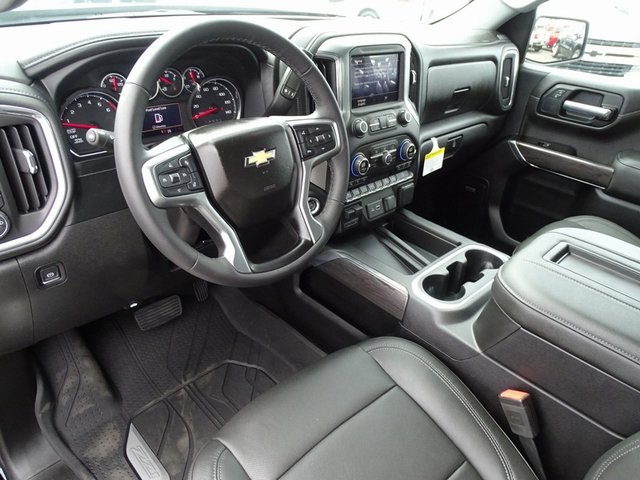 2019 Silverado 1500 Crew Cab 4x4,  Pickup #190267 - photo 15