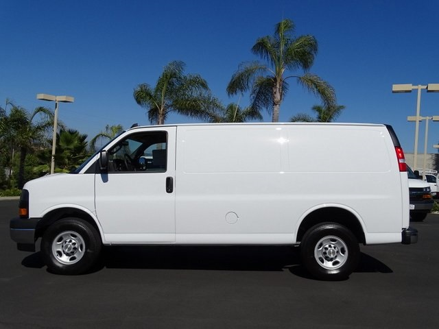 2020 Chevrolet Express 2500 4x2, Empty Cargo Van #201470 - photo 4