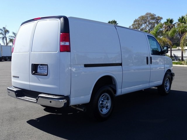 2020 Chevrolet Express 2500 4x2, Empty Cargo Van #201470 - photo 6