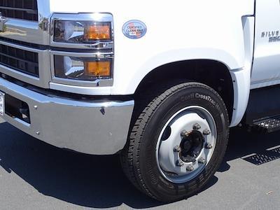 2021 Chevrolet Silverado 6500 Regular Cab DRW 4x2, Cab Chassis #210972 - photo 12
