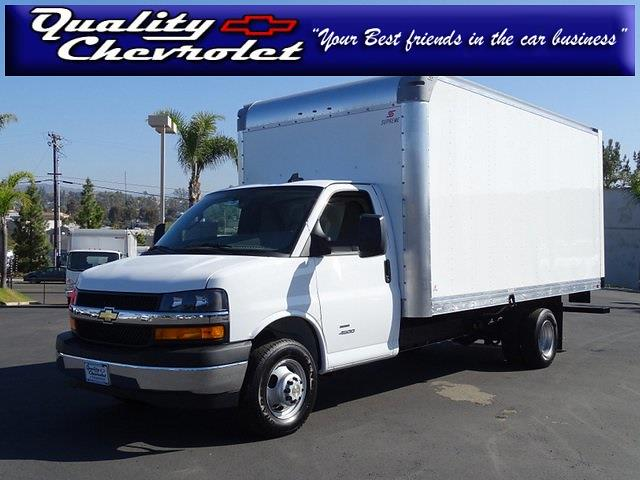 2021 Chevrolet Express 4500 DRW 4x2, Supreme Cutaway Van #211284 - photo 1