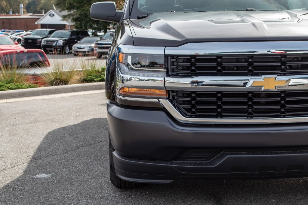 2018 Silverado 1500 Regular Cab 4x2,  Pickup #FK1425P - photo 11
