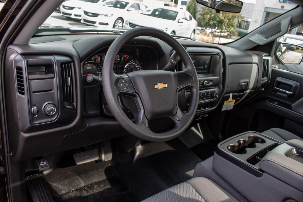 2018 Silverado 1500 Regular Cab 4x2,  Pickup #FK1425P - photo 24