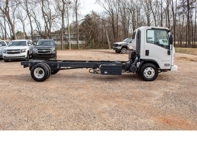 2017 LCF 4500HD Regular Cab 4x2,  Cab Chassis #FK2641 - photo 5
