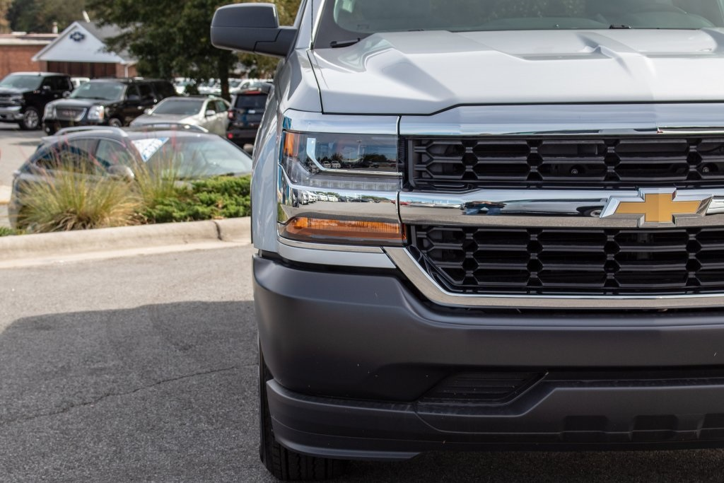 2018 Silverado 1500 Regular Cab 4x2,  Pickup #FK3381P - photo 11