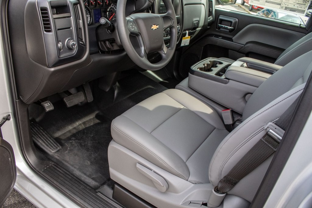 2018 Silverado 1500 Regular Cab 4x2,  Pickup #FK3381P - photo 15
