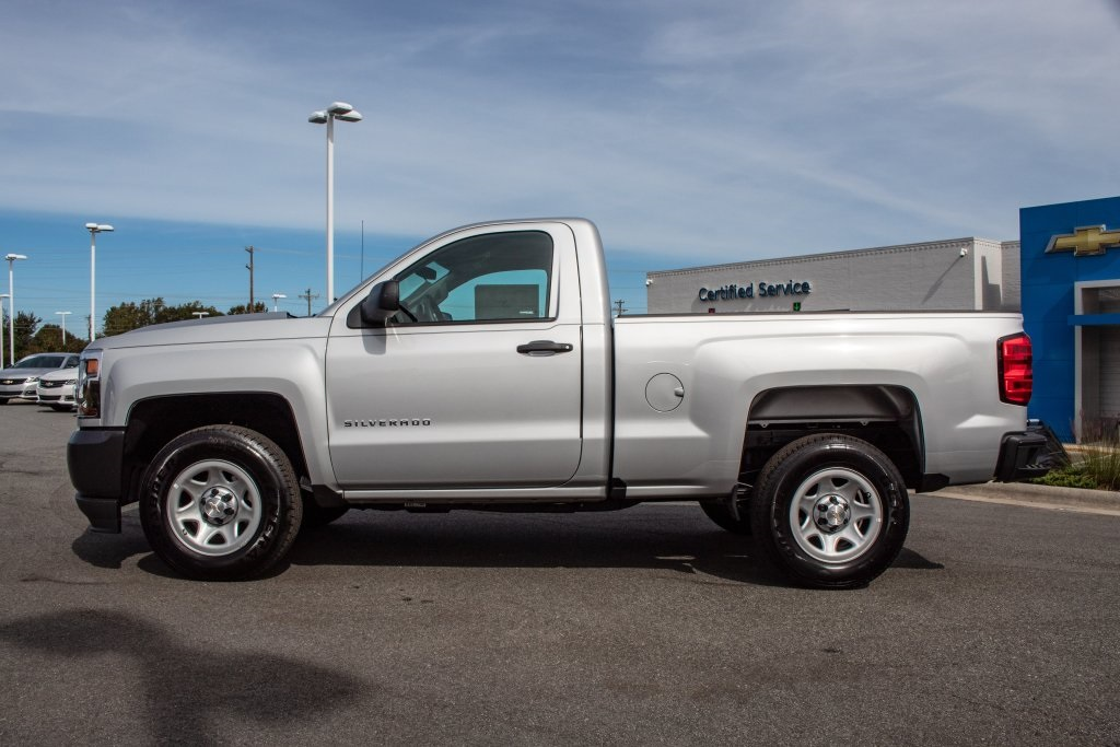 2018 Silverado 1500 Regular Cab 4x2,  Pickup #FK3381P - photo 3