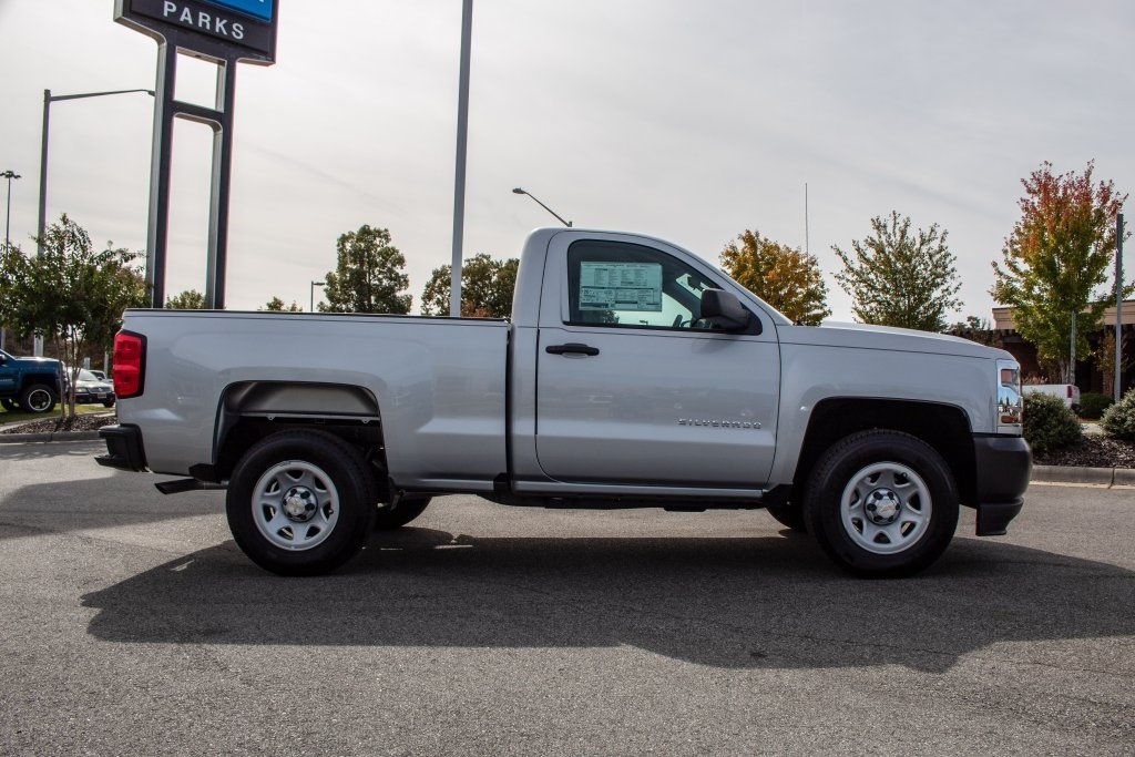 2018 Silverado 1500 Regular Cab 4x2,  Pickup #FK3381P - photo 8