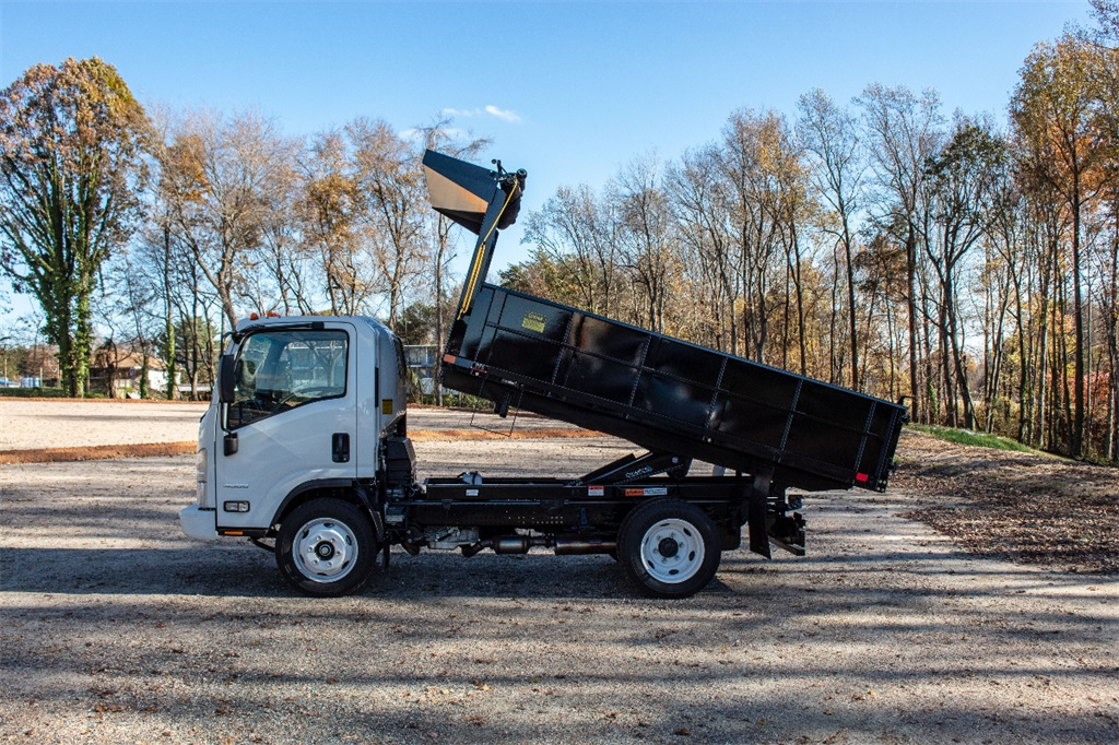 2018 LCF 4500 Regular Cab,  PJ's Landscape Dump #FK3599 - photo 3