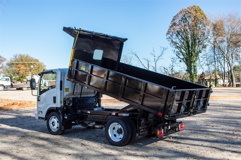 2018 LCF 4500 Regular Cab,  PJ's Landscape Dump #FK3599 - photo 2