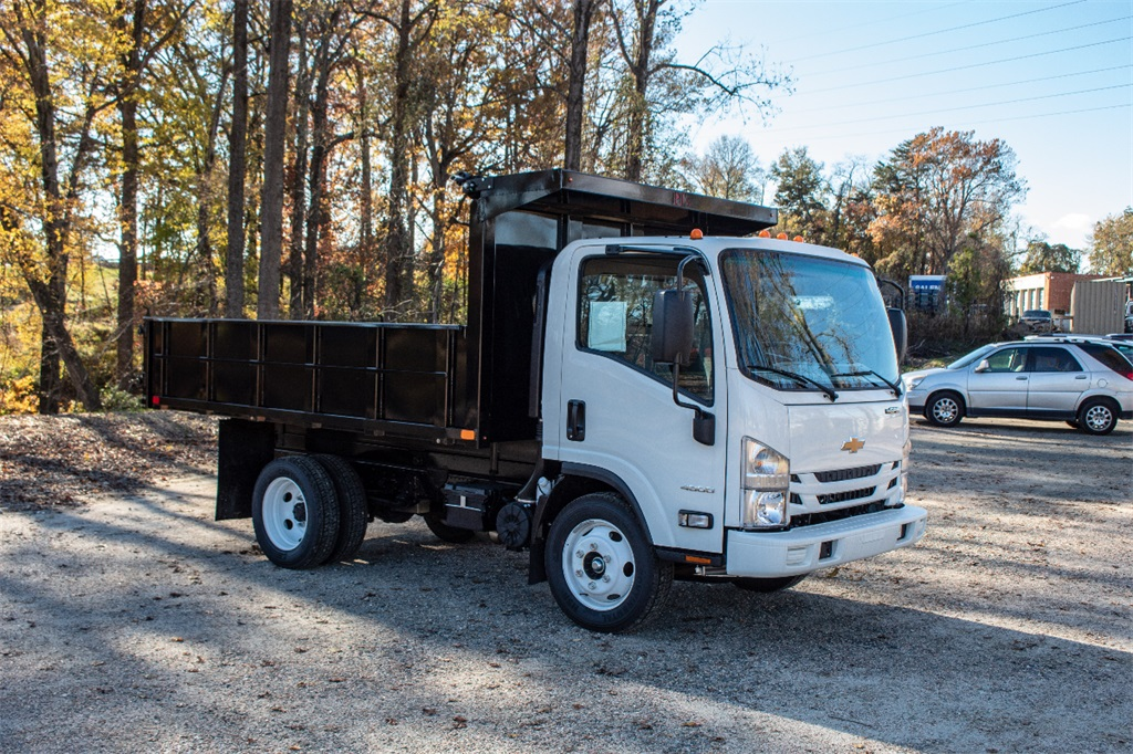 2018 LCF 4500 Regular Cab,  PJ's Landscape Dump #FK3599 - photo 8