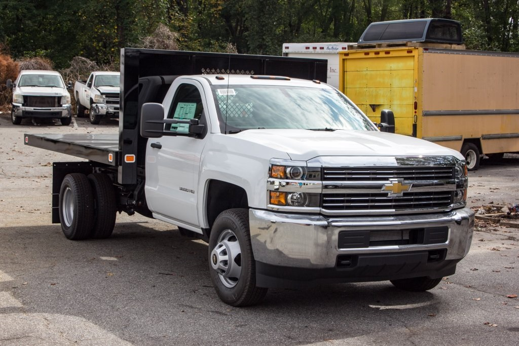2017 Silverado 3500 Regular Cab DRW 4x4,  Knapheide Platform Body #FK3649 - photo 4