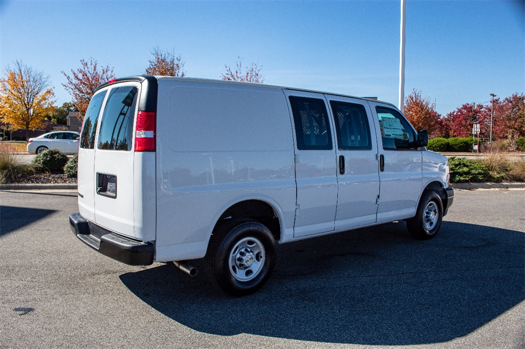 2018 Express 2500 4x2,  Masterack Upfitted Cargo Van #FK38990 - photo 8