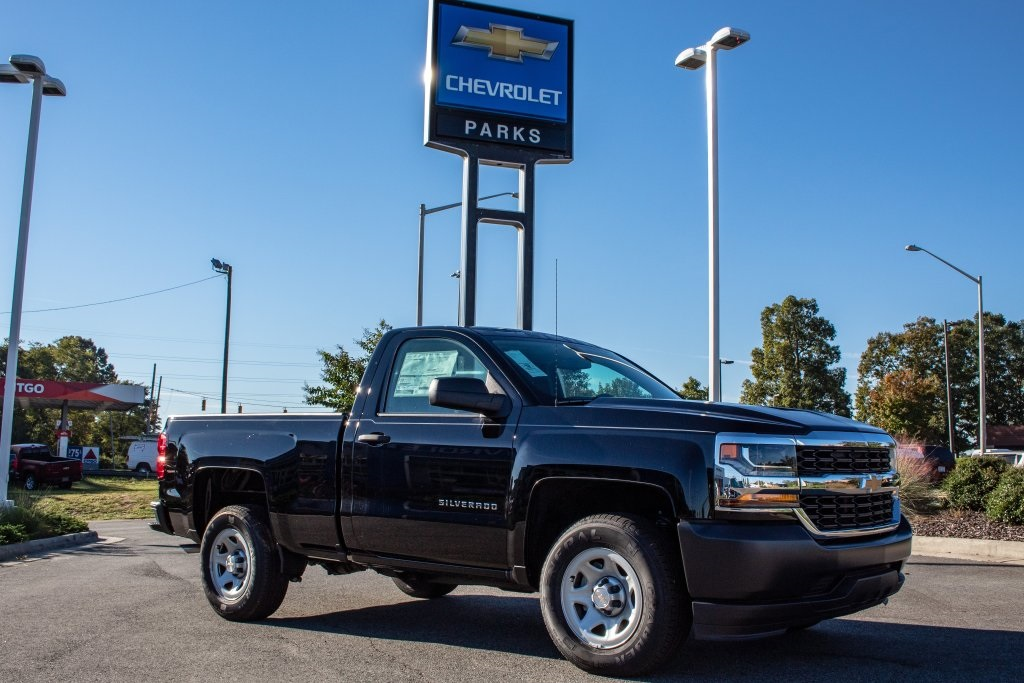2018 Silverado 1500 Regular Cab 4x2,  Pickup #FK3923P - photo 9
