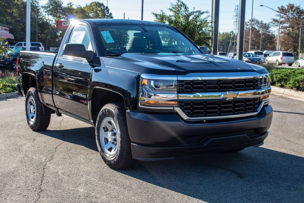 2018 Silverado 1500 Regular Cab 4x2,  Pickup #FK3923P - photo 10