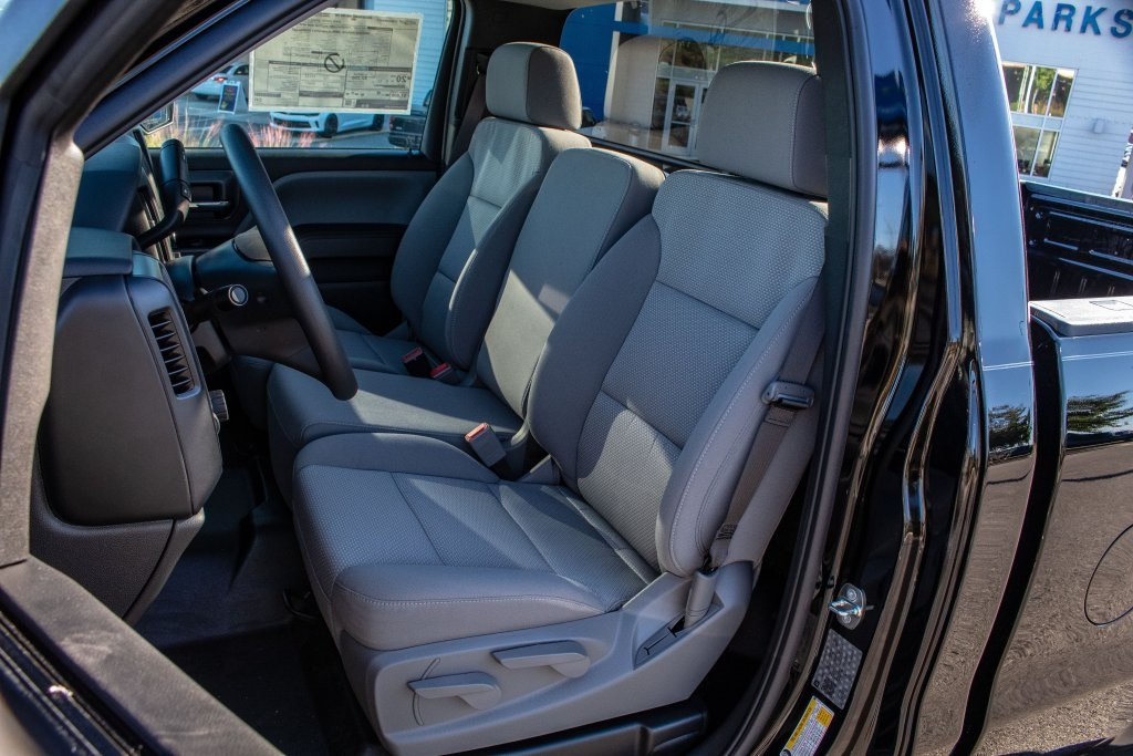 2018 Silverado 1500 Regular Cab 4x2,  Pickup #FK3923P - photo 13