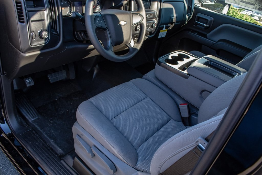 2018 Silverado 1500 Regular Cab 4x2,  Pickup #FK3923P - photo 14