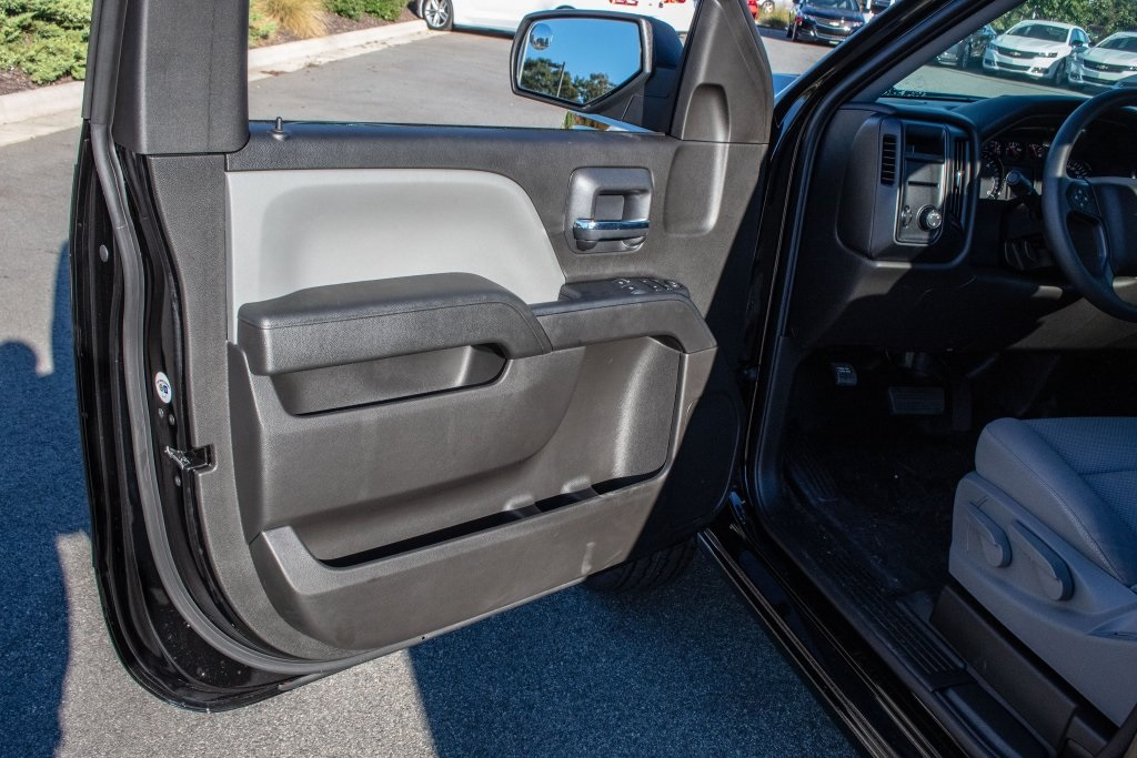 2018 Silverado 1500 Regular Cab 4x2,  Pickup #FK3923P - photo 16
