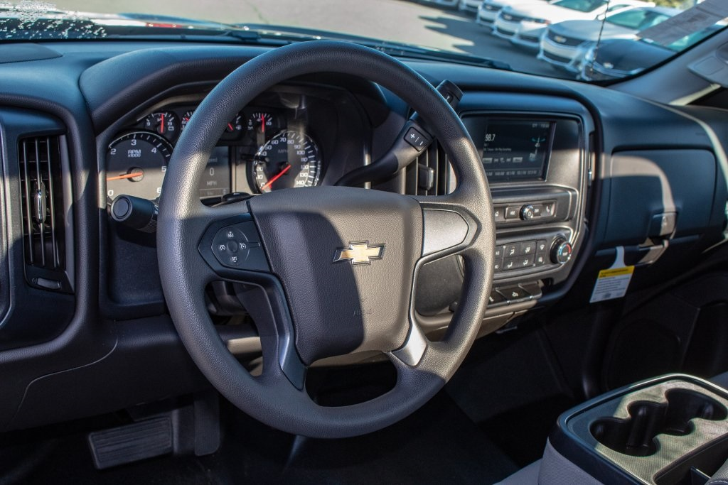 2018 Silverado 1500 Regular Cab 4x2,  Pickup #FK3923P - photo 19