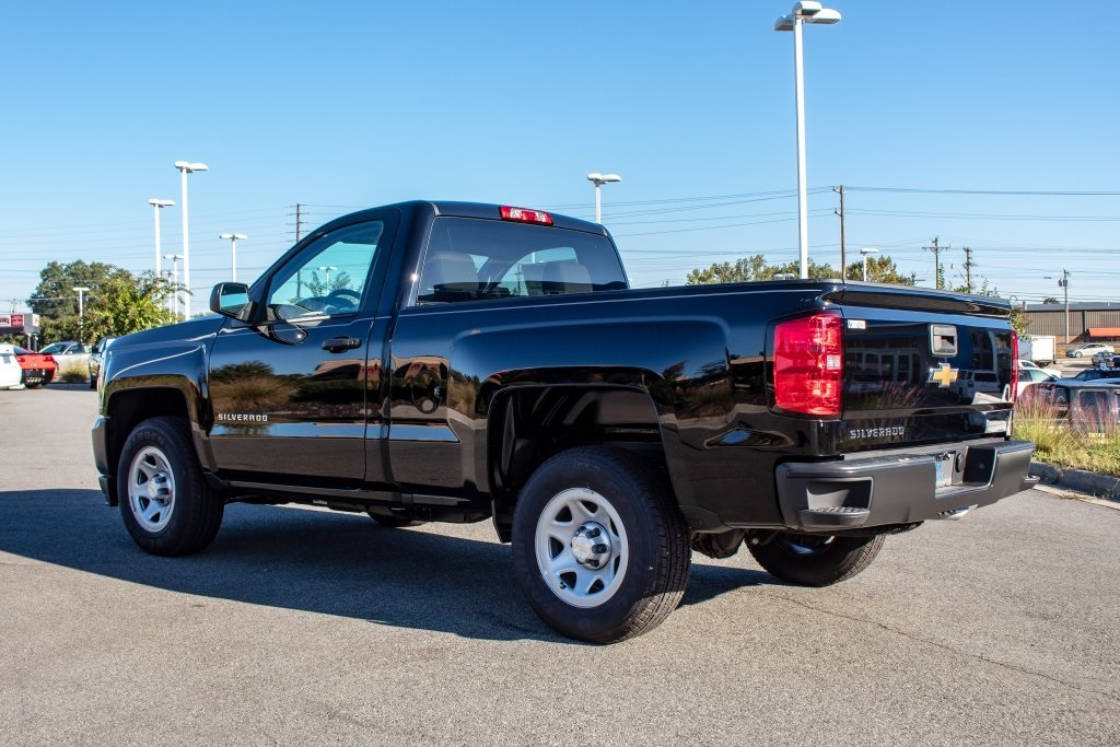 2018 Silverado 1500 Regular Cab 4x2,  Pickup #FK3923P - photo 2