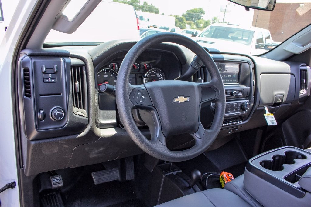 2017 Silverado 3500 Regular Cab DRW 4x4,  Knapheide Value-Master X Platform Body #FK3991 - photo 6