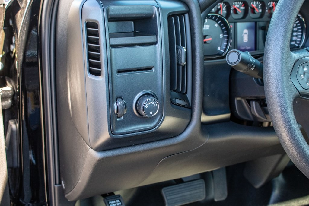 2018 Silverado 1500 Regular Cab 4x2,  Pickup #FK4092P - photo 18
