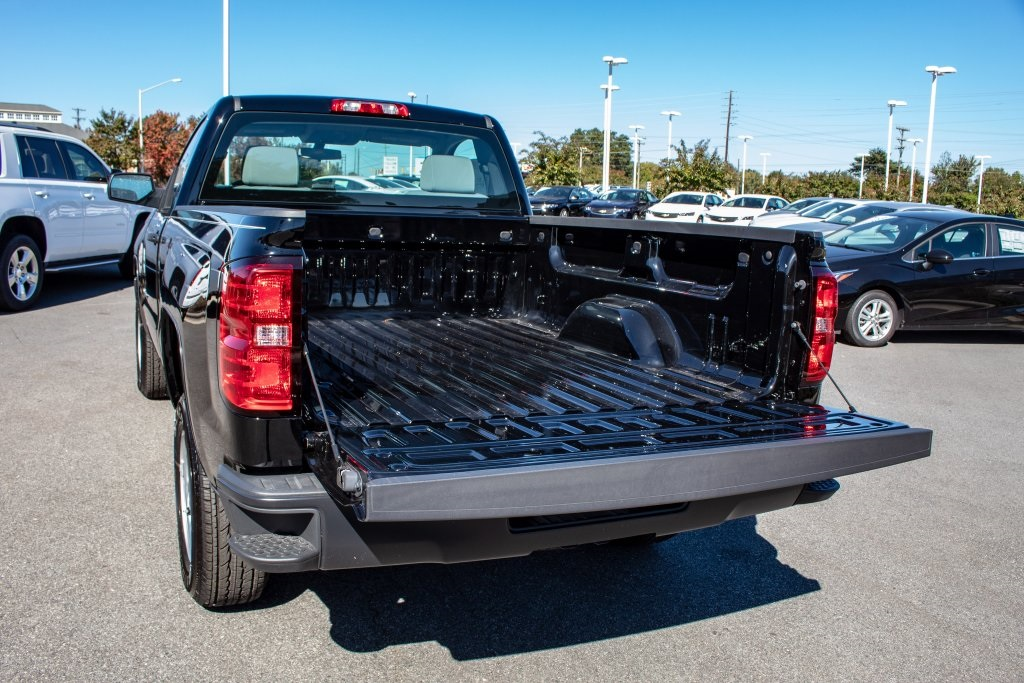 2018 Silverado 1500 Regular Cab 4x2,  Pickup #FK4092P - photo 6