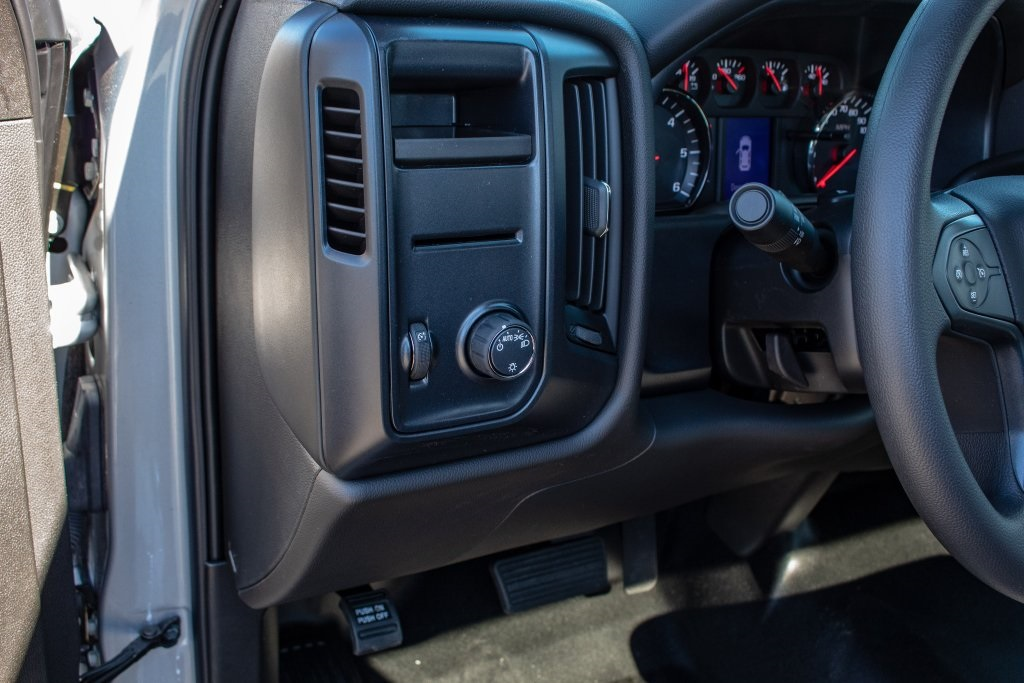 2018 Silverado 1500 Regular Cab 4x2,  Pickup #FK4229P - photo 19