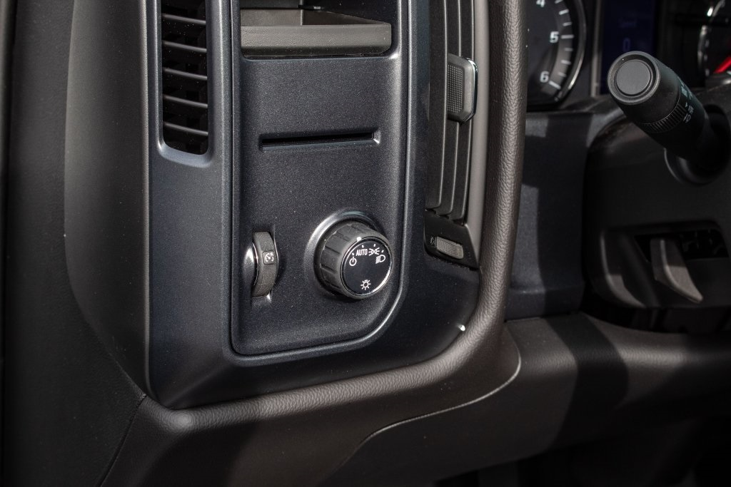 2018 Silverado 1500 Regular Cab 4x2,  Pickup #FK4871P - photo 19