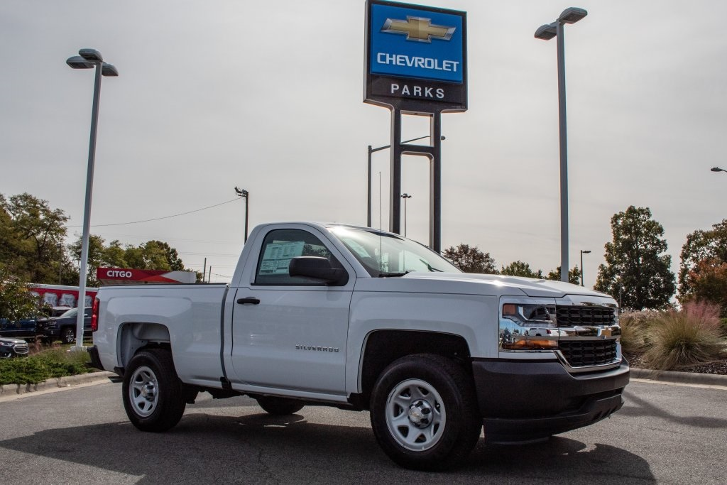 2018 Silverado 1500 Regular Cab 4x2,  Pickup #FK5461P - photo 9