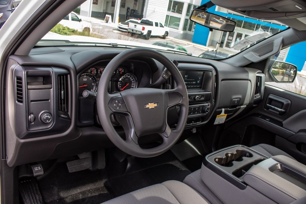 2018 Silverado 1500 Regular Cab 4x2,  Pickup #FK5461P - photo 17