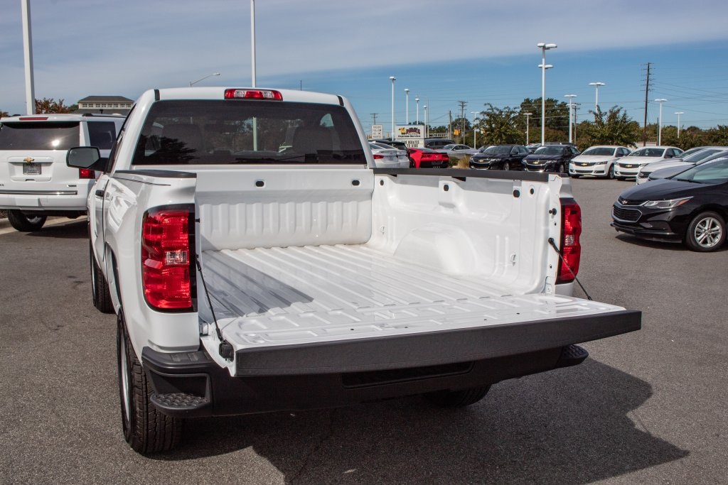 2018 Silverado 1500 Regular Cab 4x2,  Pickup #FK5461P - photo 6