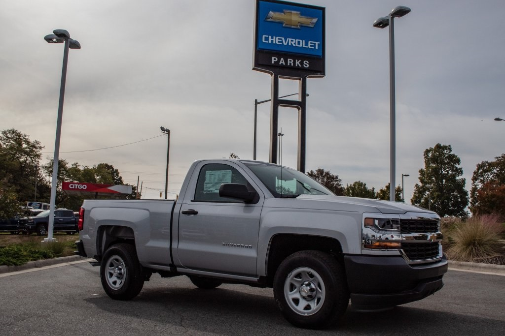 2018 Silverado 1500 Regular Cab 4x2,  Pickup #FK5551P - photo 9