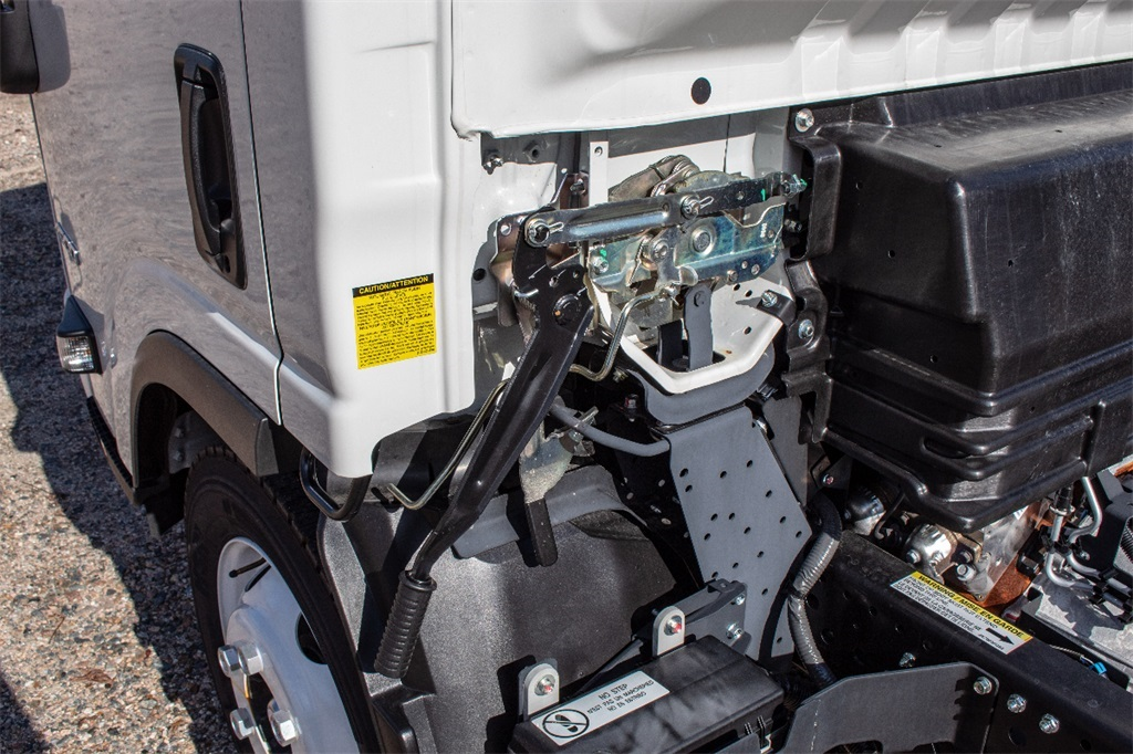 2018 LCF 4500 Regular Cab,  Cab Chassis #FK6551 - photo 11