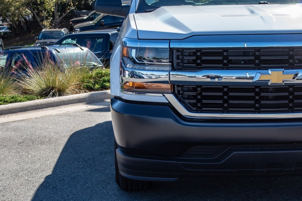 2018 Silverado 1500 Regular Cab 4x2,  Pickup #FK7557P - photo 11