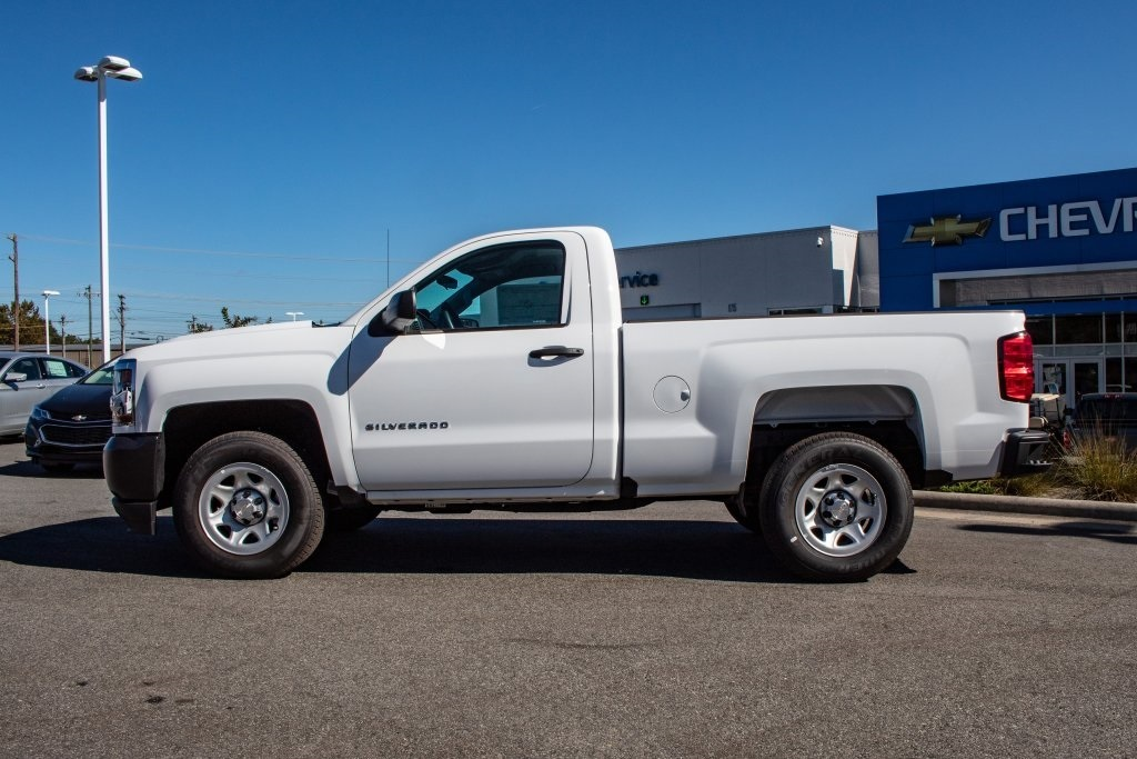 2018 Silverado 1500 Regular Cab 4x2,  Pickup #FK7557P - photo 3