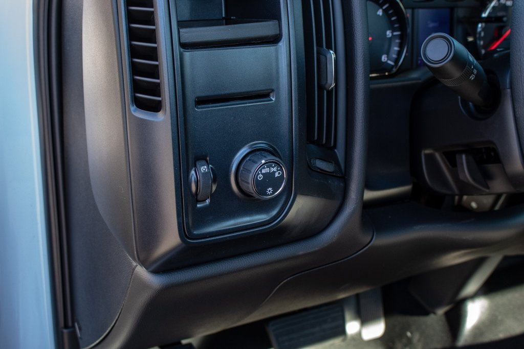 2018 Silverado 1500 Regular Cab 4x2,  Pickup #FK7916P - photo 18