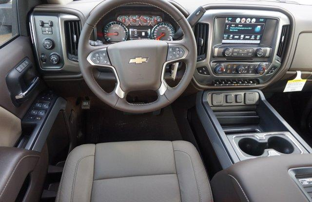 2019 Silverado 2500 Crew Cab 4x4,  Pickup #19C291 - photo 9