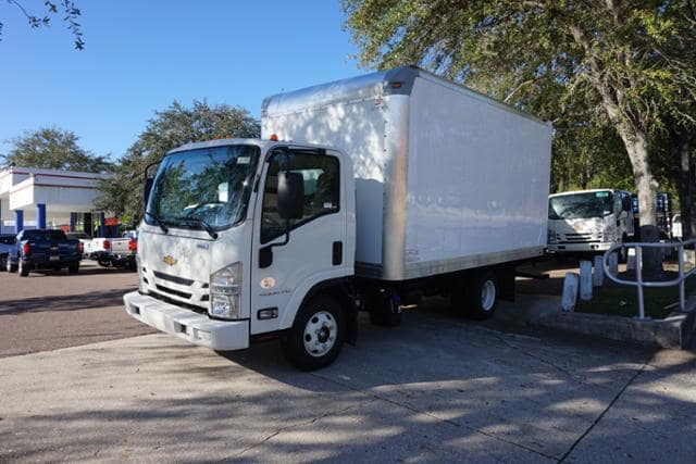 2017 Low Cab Forward Regular Cab 4x2,  Supreme Dry Freight #7C413 - photo 4
