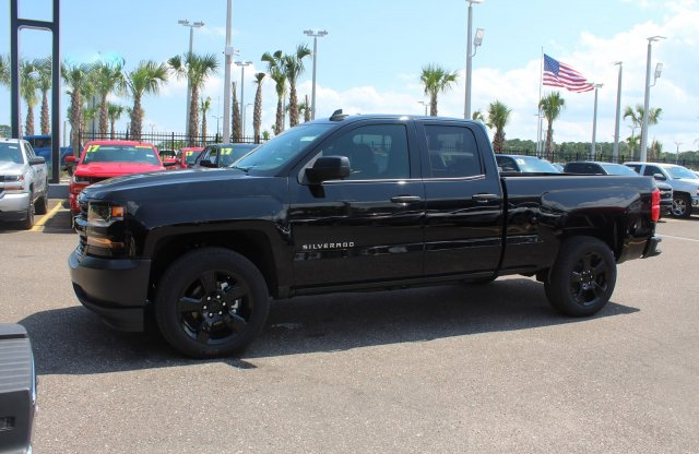 2018 Silverado 1500 Double Cab 4x2,  Pickup #8C1248 - photo 4