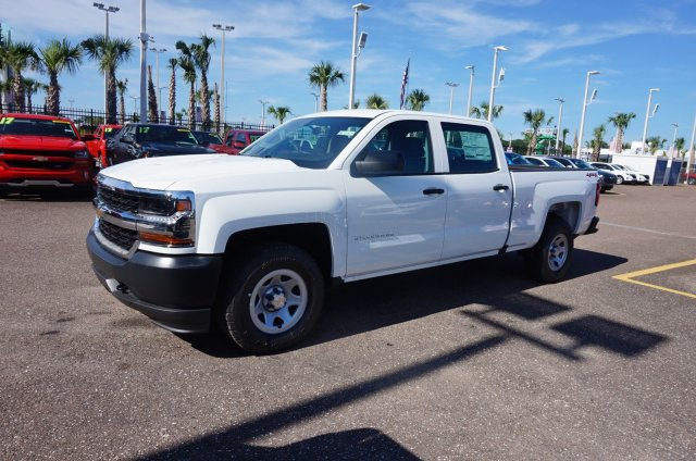 2018 Silverado 1500 Crew Cab 4x4,  Pickup #8C1310 - photo 4